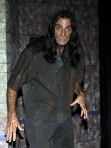 Michael Thompson as Renfield in 'Dracula' at Henegar Center