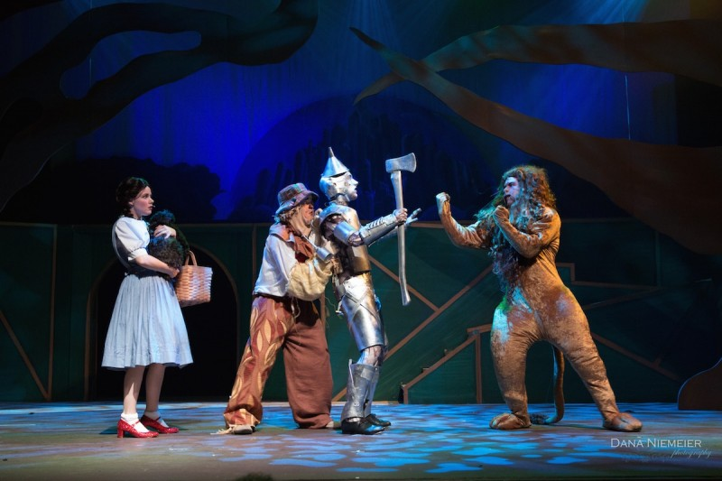 Henegar's 'Wizard of Oz' photo by Dana Niemeier