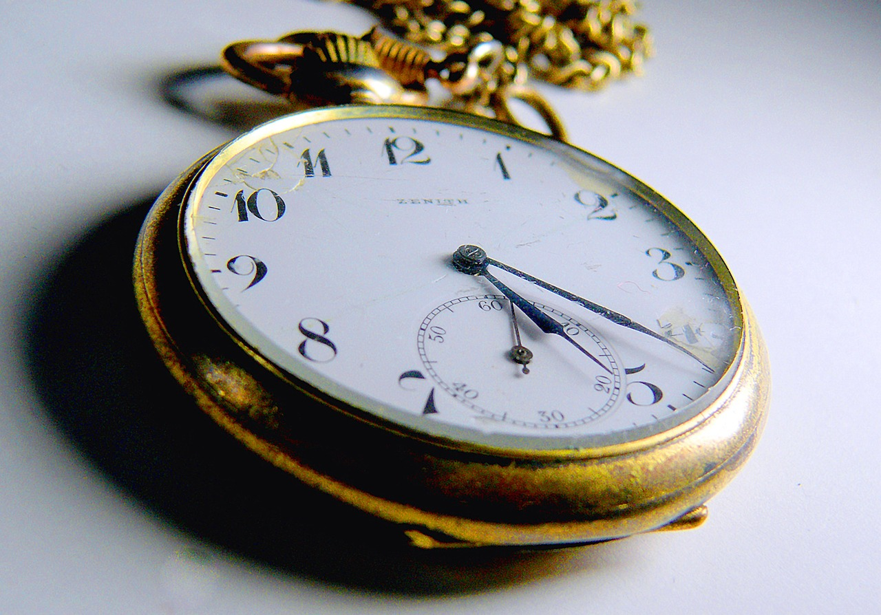 clock-2039822_1280